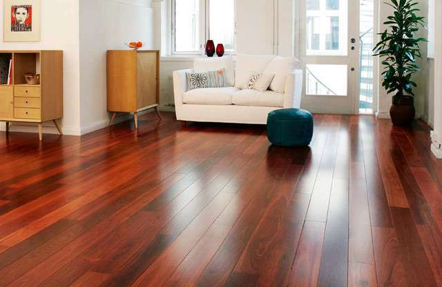 How to Care For Hardwood Floor During The Autumn Season